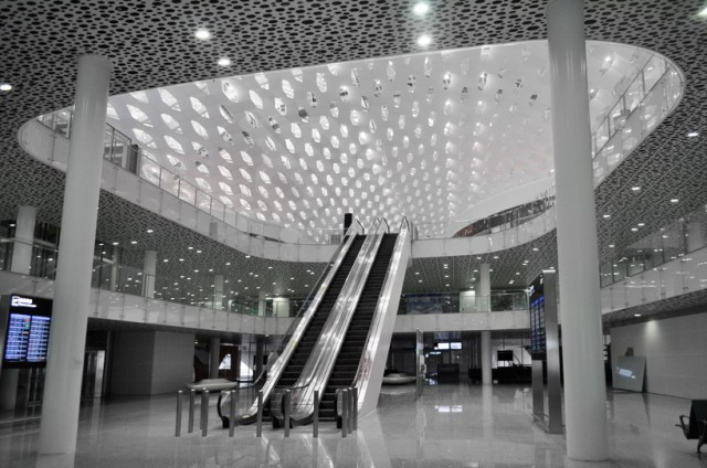 Shenzhen-International-Airport-3-640x424