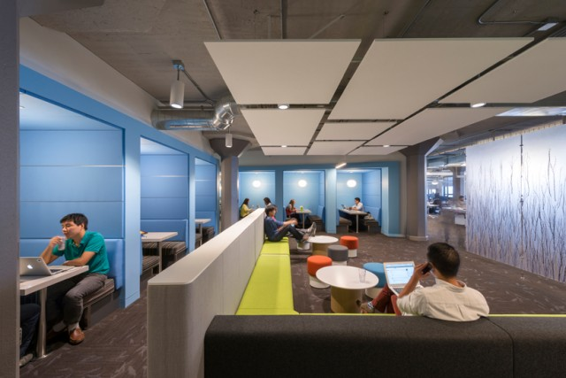 Inside-Twitter-Office-1-640x427