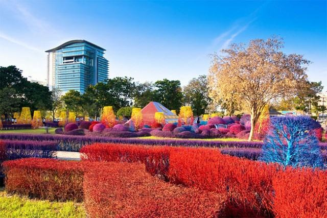 Colourful-Campus-of-Thailand-1-640x427