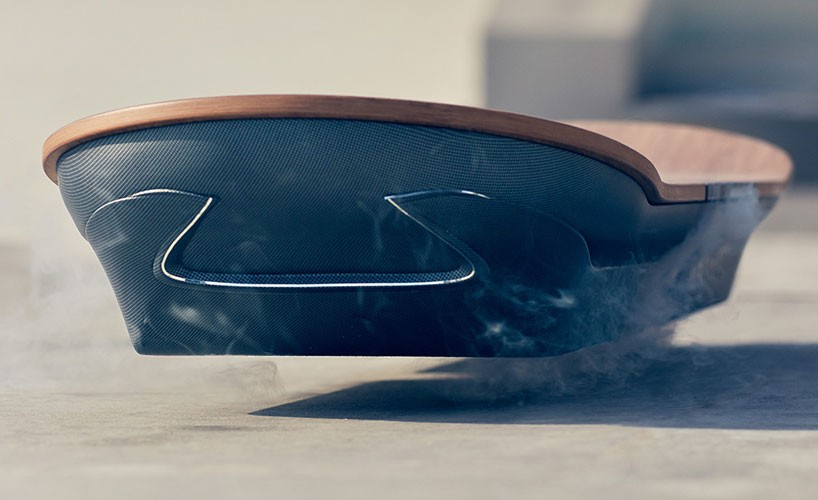 lexus travaille sur un prototype d 39 hoverboard. Black Bedroom Furniture Sets. Home Design Ideas