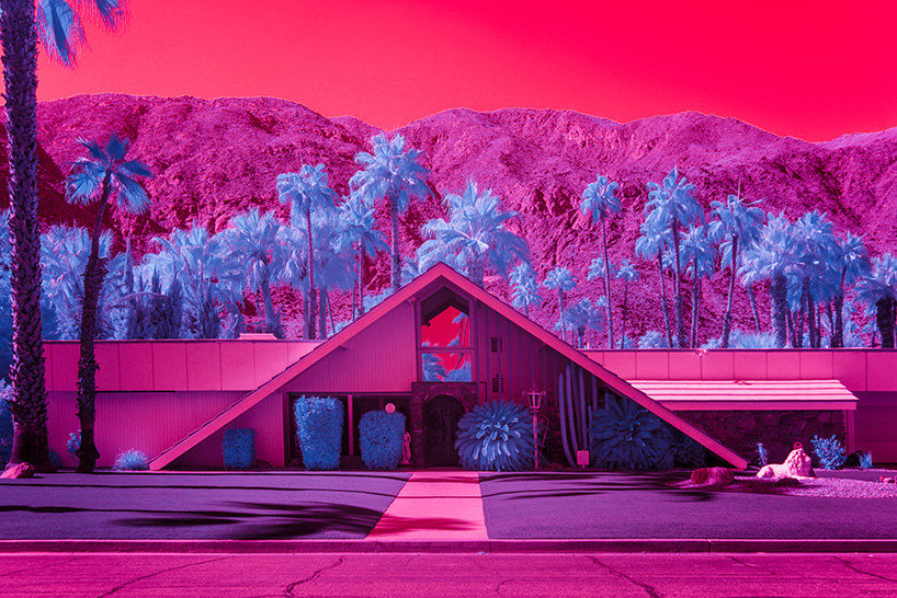 L'architecture moderne de Palm Springs en infrarouge