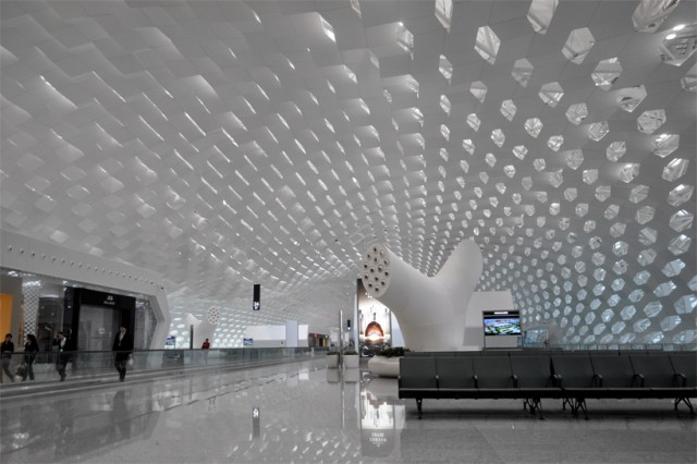 Shenzhen-International-Airport-11-640x426