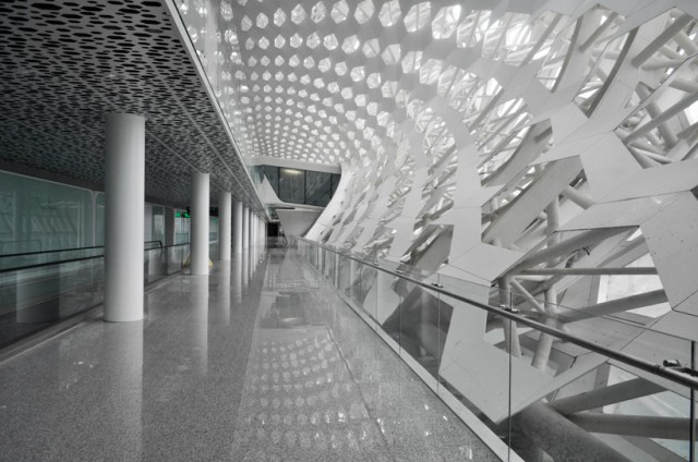 Shenzhen-International-Airport-4-640x424