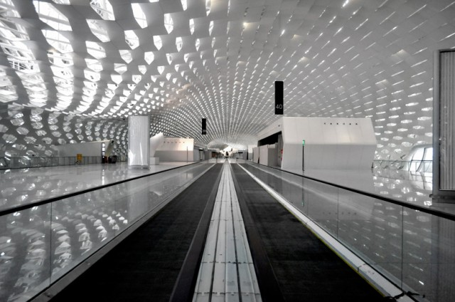 Shenzhen-International-Airport-9-640x424
