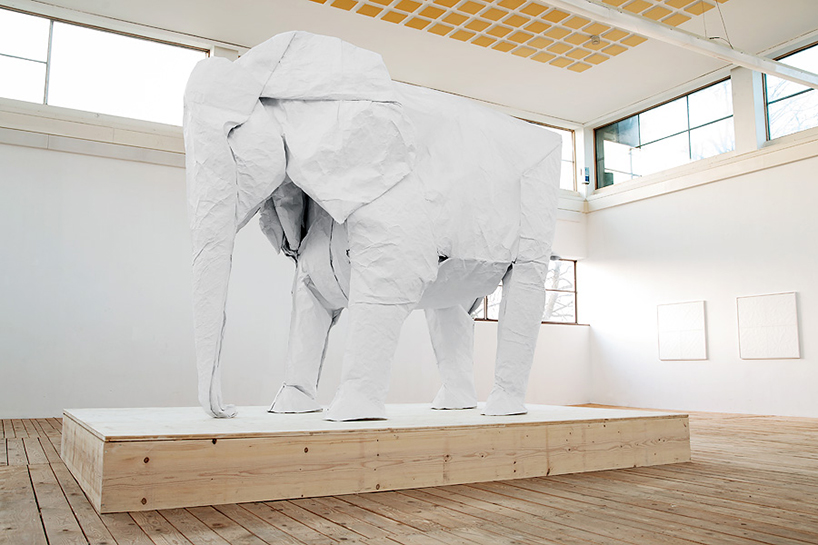 sipho-mabona-folds-life-sized-elephant-from-single-paper-sheet-designboom-01