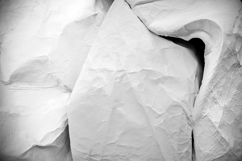 sipho-mabona-folds-life-sized-elephant-from-single-paper-sheet-designboom-03