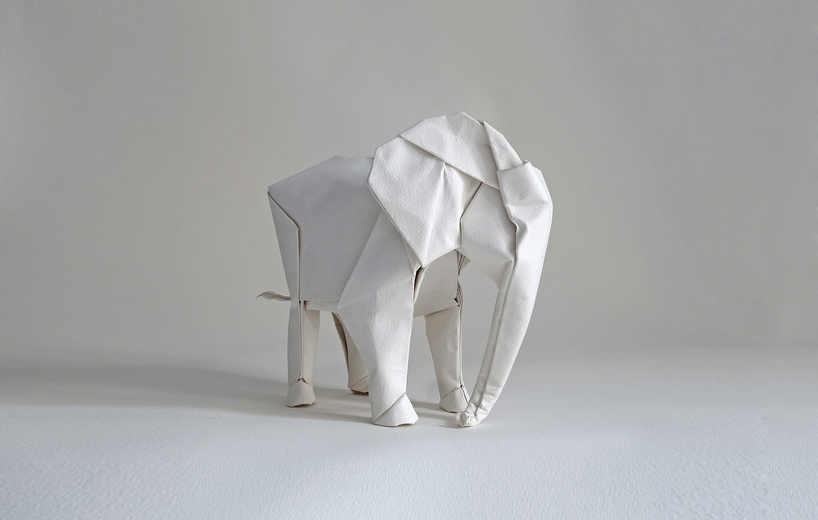 sipho-mabona-folds-life-sized-elephant-from-single-paper-sheet-designboom-06